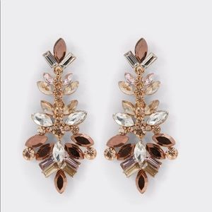 Lapetina Chandelier Earrings